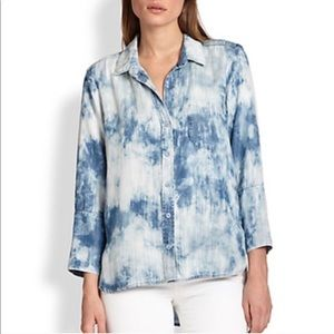 Anthropologie Cloth & Stone Acid Wash Chambray Top